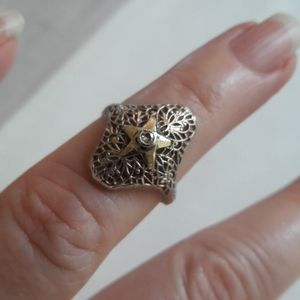 Lovely Vintage 14k filagree ring